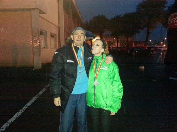 Javier Toro con Patricia otra medallista compañera del Lucus Caixa Rural